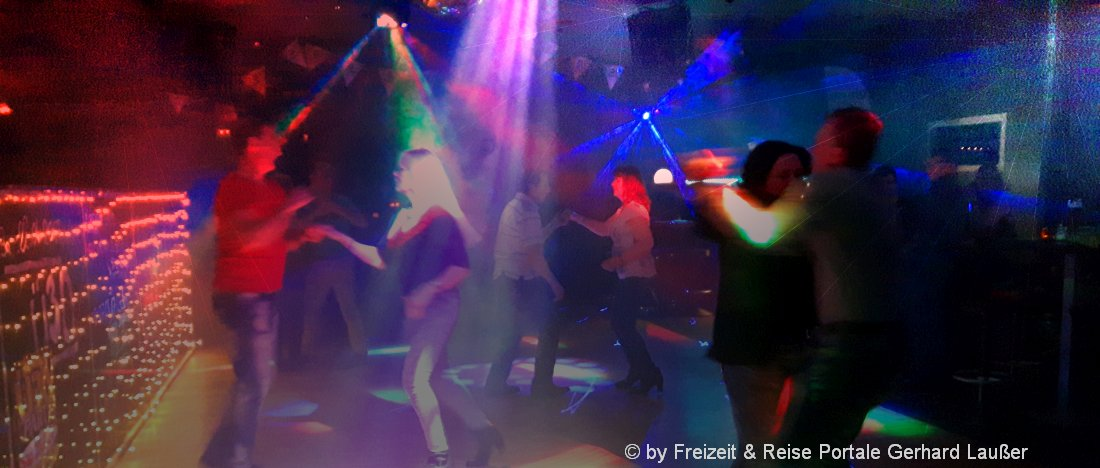 partyreisen-feiern-tanzen-urlaub-disco-lokal