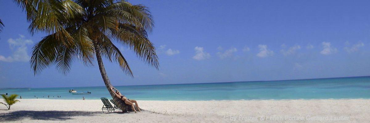 welt-dom-rep-karibik-last-minute-flugreisen-sandstrand-meer-palmen